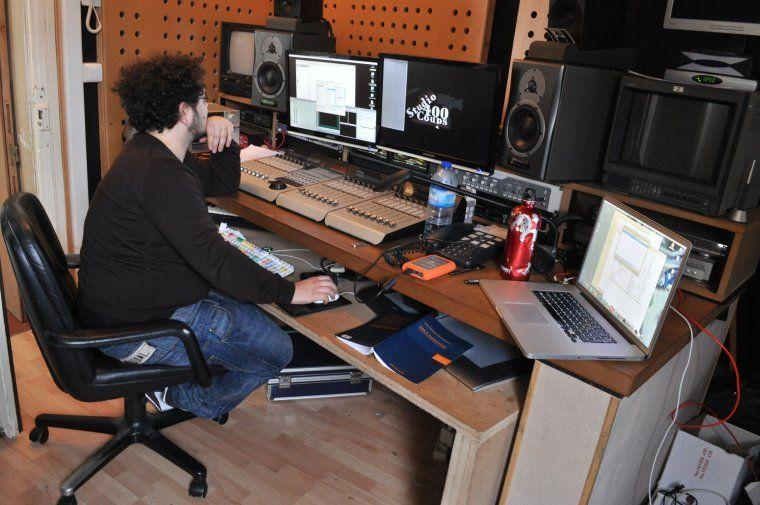 Post-production whith Jonathan Klein hard at work at Studio 400 Coups.